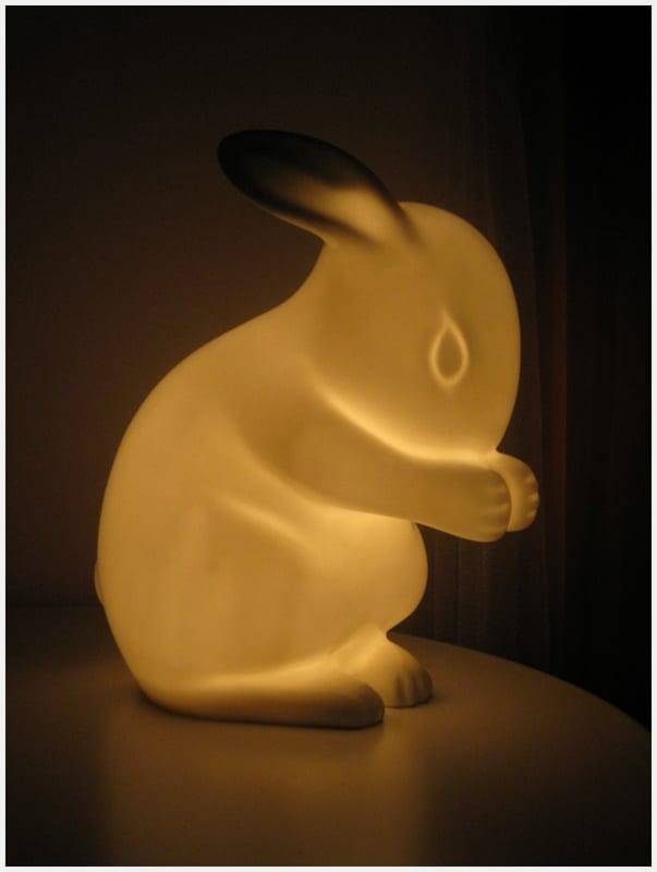 Review white rabbit england rabbit lamp nightlight for Night light design
