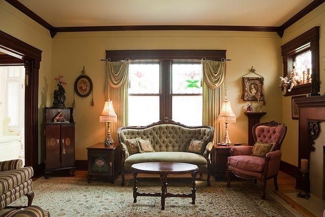 Period Glamour With A Victorian Style Living Room Victoriana Home Decor