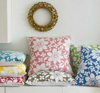 Chic Showcase: Summer Colours in the Home