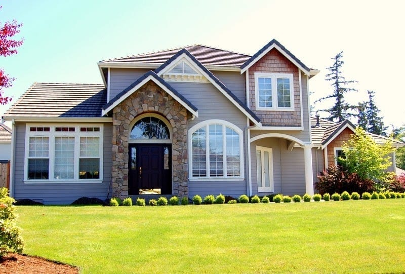 Top destinations for uk expats and their homes love chic for Home builders in canada