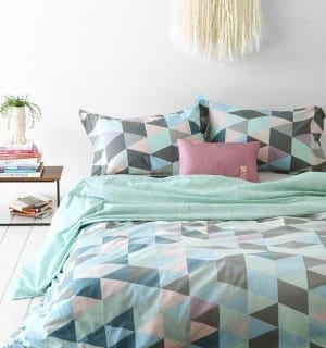 Style Ideas for a Tween Bedroom Makeover