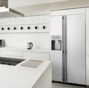 3 Ways to Integrate your New Fridge Freezer into your Kitchen