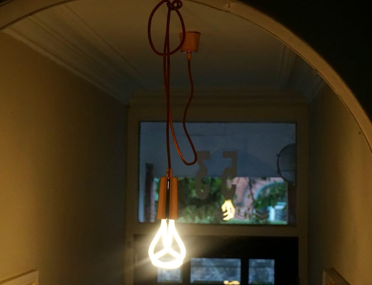 Plumen lightbulb
