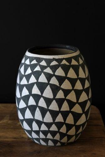 crackle-glaze-black-white-vase-33141-p[ekm]335x502[ekm]