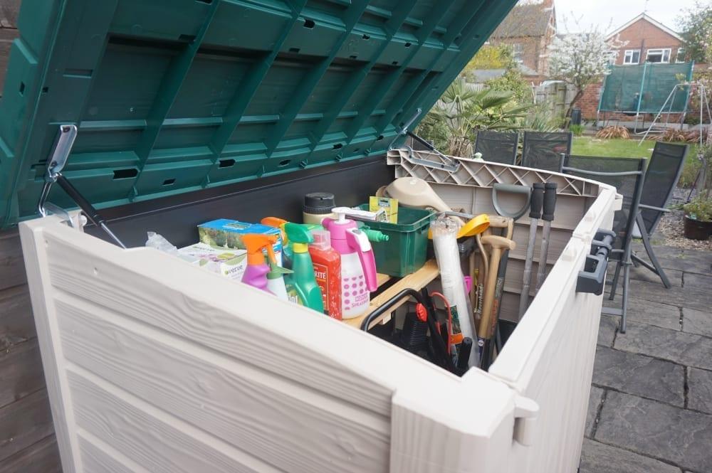 Open lid garden storage