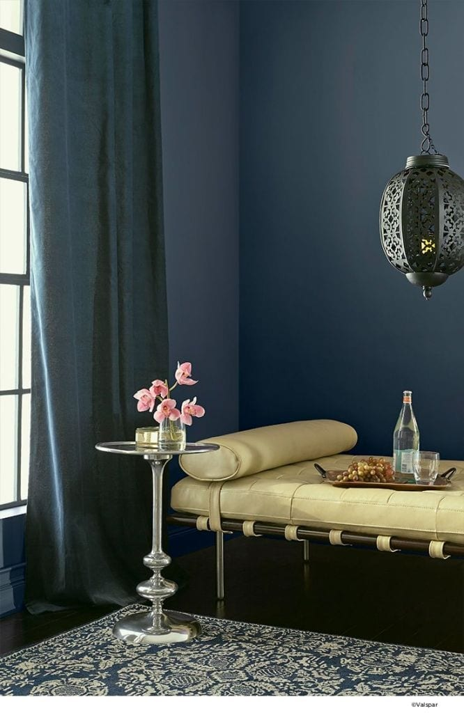 Wall Colour Inspiration: Decorating With Inky Blue