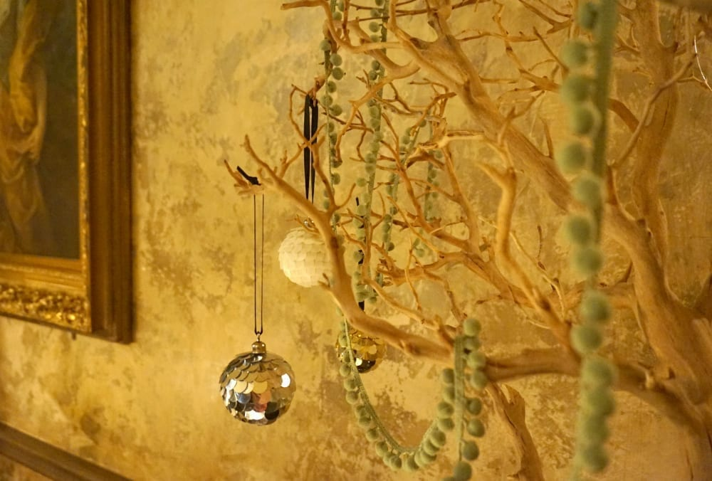 H&M Home Christmas display