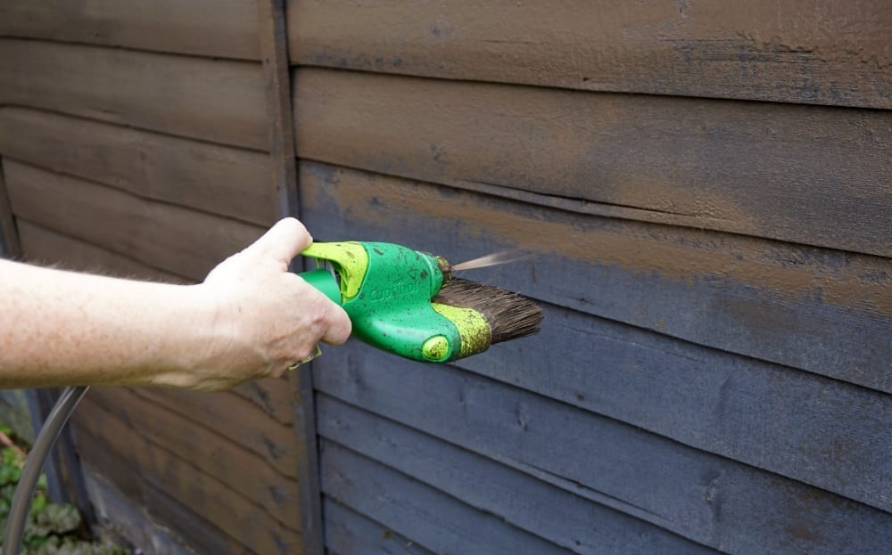 Review cuprinol brush and paint spray system for fences