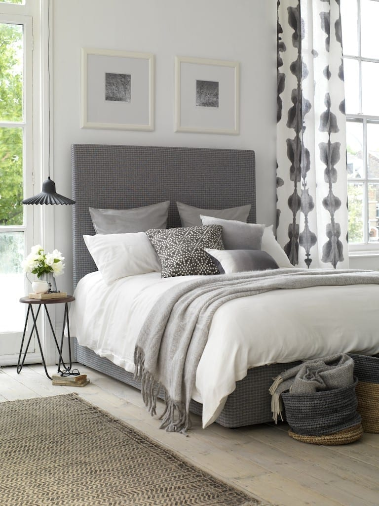 Creative ways to decorate your bedroom this autumn love chic living - How to decorate your bedroom on a budget ...