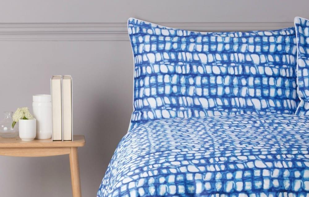 Vari 100 cotton printed bed set ink blue King Bed