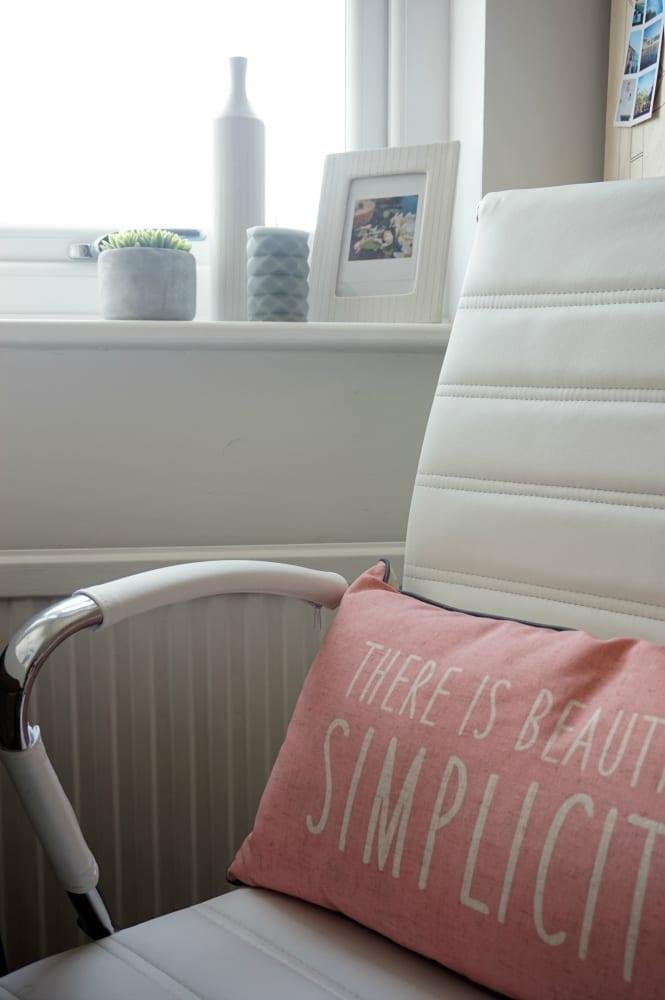 Summer daze cushion