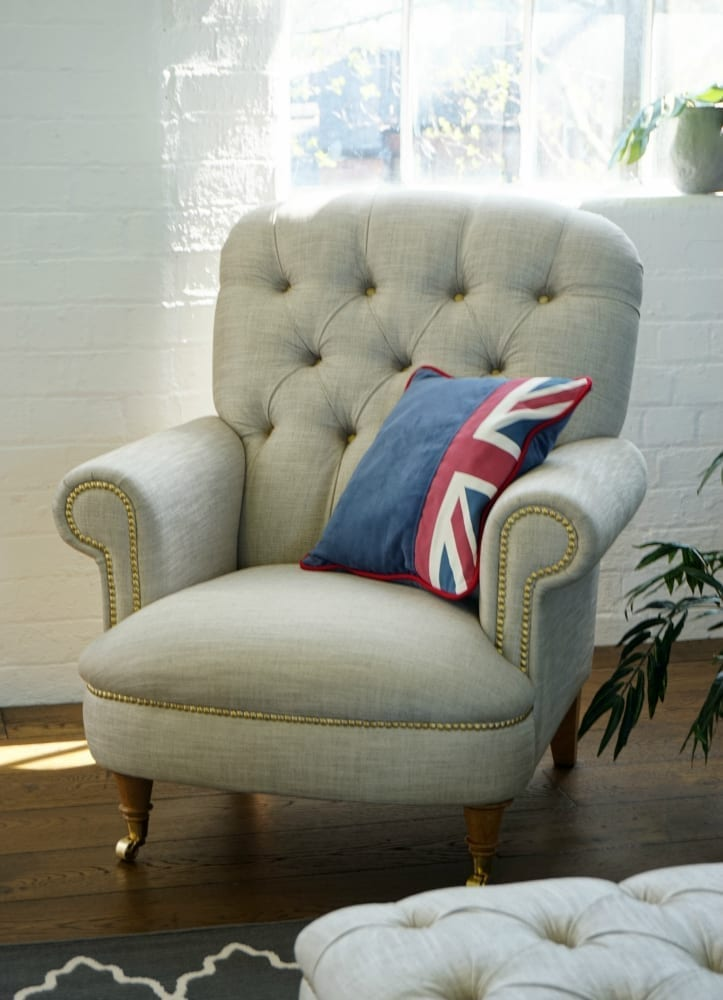 Love Chair Dfs