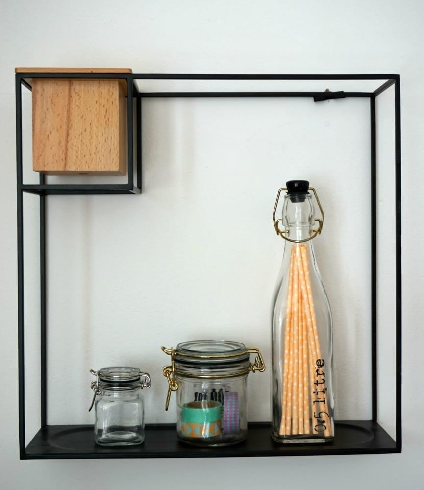 Clas Ohlson shelf display