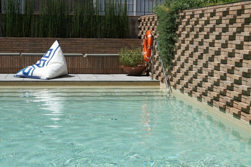 Hotel Alexandra terrace pool