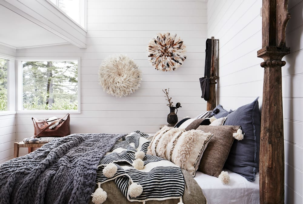 snug-winter-bedroom