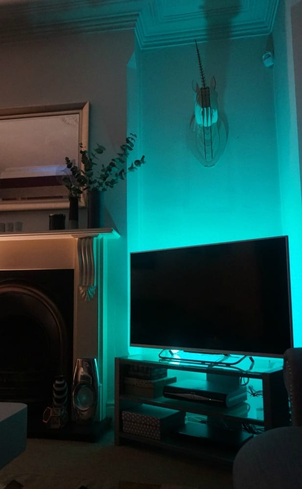 tv-lighting-corner