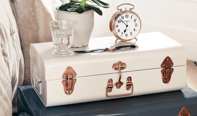 10 Easy Bedroom Storage Solutions