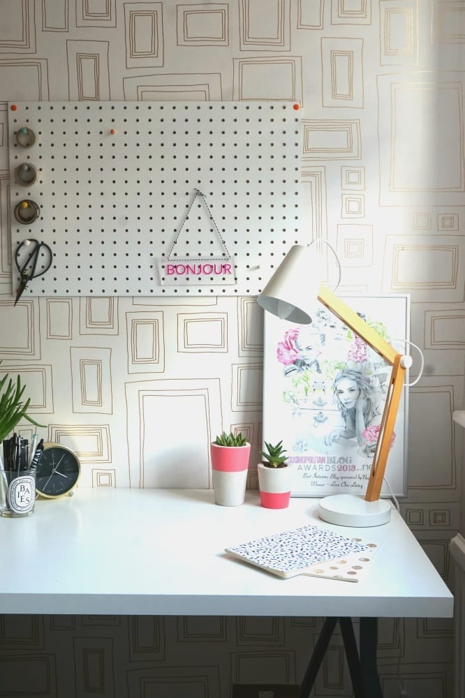How to create a bespoke for your home using the Signomatic website. Fun, cute and quirky!